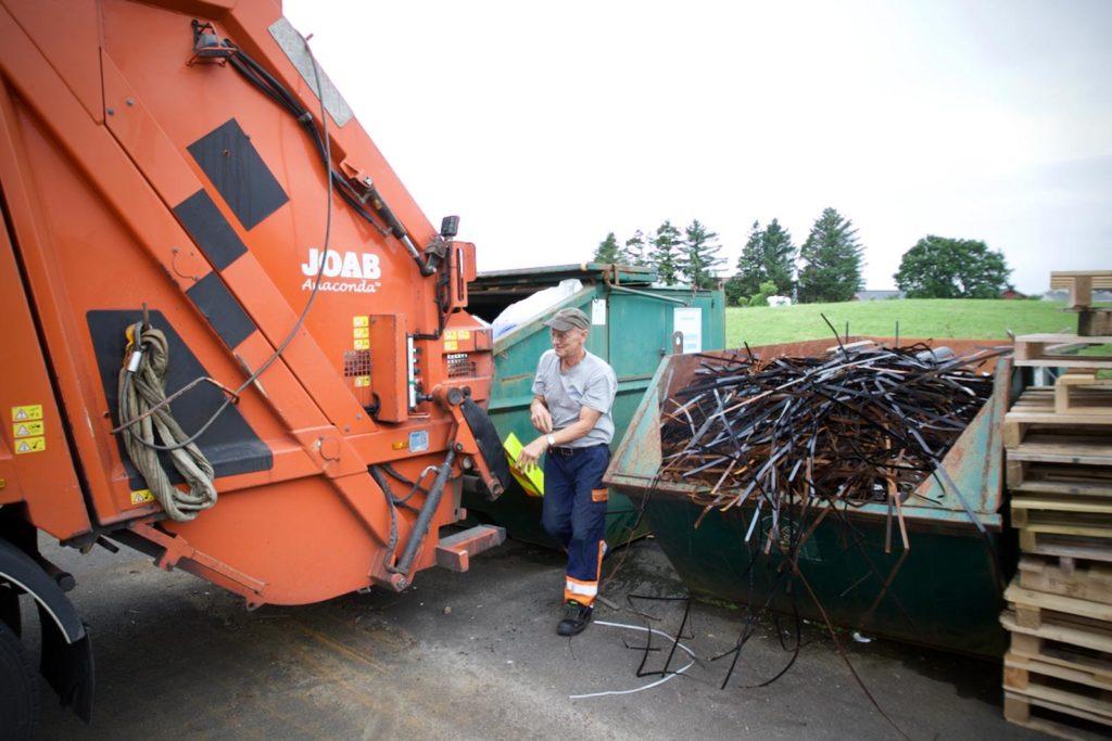 Hansen Renovasjon - Tømmer avfall for bedrifter hver uke